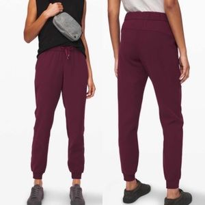 Lululemon | On The Fly Jogger